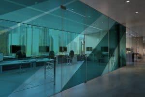 קיר זכוכית חיצוני מחיר