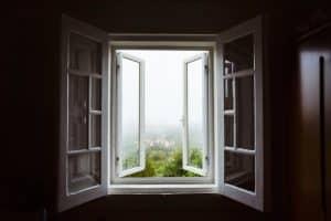 משקוף עיוור לחלון